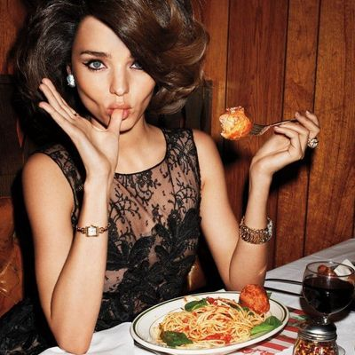 7 Ways to Deal with Eating Differently than Others ...