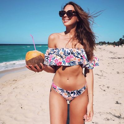 Fashionable 😎 Swimwear to Flatter Your Figure 😘 No Matter What Shape You Are 🍎🍐 ...