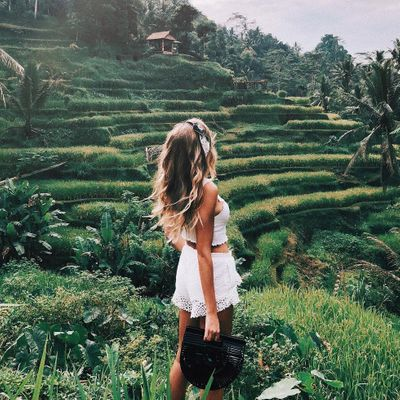 Precious 🙏 Lessons to Learn 📖 from Solo Travel ✈️ for Girls Seeing 👀 the World 🌎 Alone ...