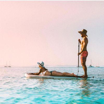Demi Ashton & Bruce Vacation Together