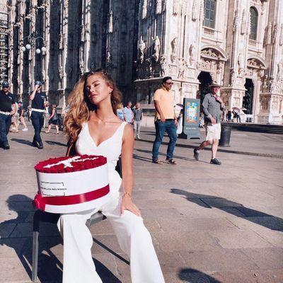 10 Celebrities Wearing White Blazers – Who Wore It Best?
