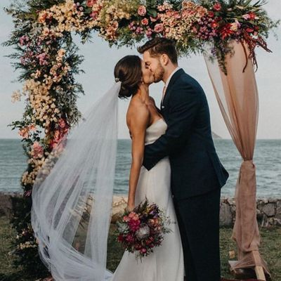 Top 10 Most Romantic Wedding Photo Ideas ...