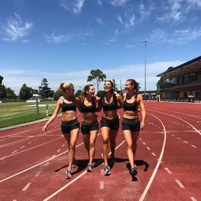 10 Tips for Girls 🙋🏿🙋🏼🙋🏻🙋🏽 Wanting to Start a Summer ☀️ Run Routine 🏃🏻 ...