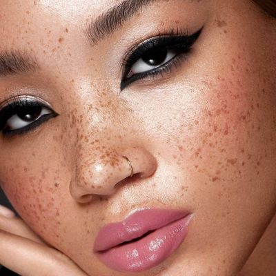 7 Makeup Tips for Hooded Eyes ...