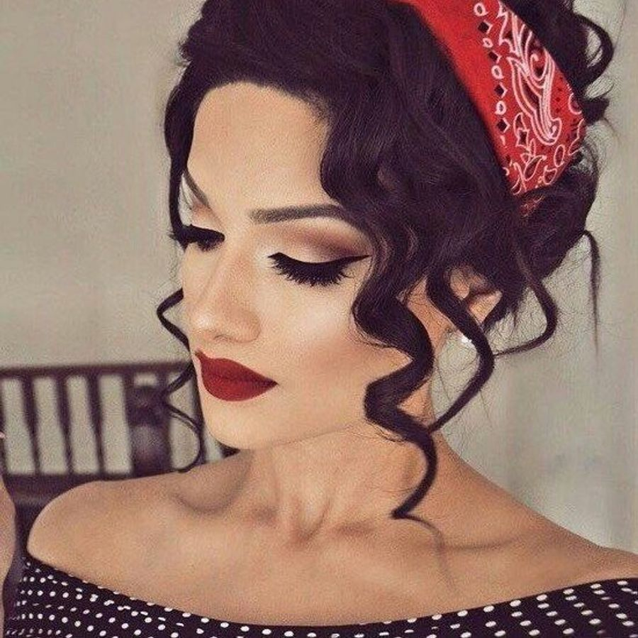 12 Fabulous Pinup Hair Tutorials to Look beyond Gorgeous