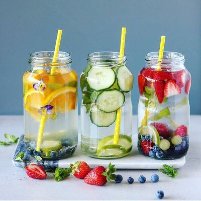 How to Make Fruit Infused Water without an Infuser Bottle ...