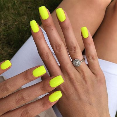 11 Helpful Tips on How to Make Your Nails Dry Faster ...