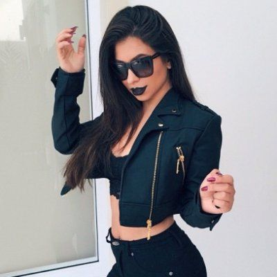 8 Super Versatile 🔄 Ways to Style Your Leather Jacket for Any Occasion ✌🏼️ ...