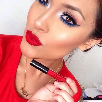 Red, White, and Blue Makeup to Have You Rocking Your Pride This 4th of July ...