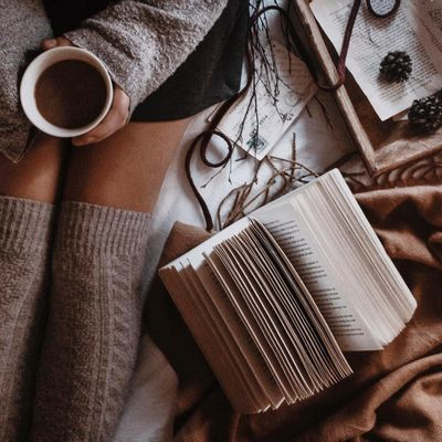 Awesome Books 📚 and Authors ❄️ for Girls Who Love 💙 to Get Their Read on 🤓 ...