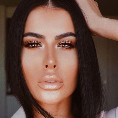 7 Makeup Essentials for Teenagers ...