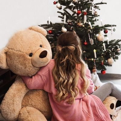 Things to do 📝 if You Can't 👎 Spend Christmas 🎄 with Your Partner 💑 ...