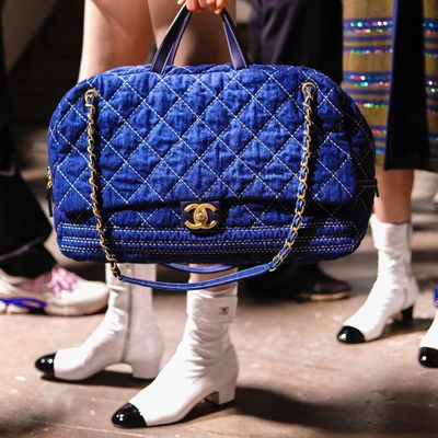 8 Ways to Tell a Fake Chanel Bag ...
