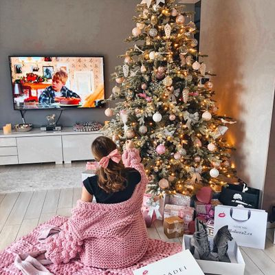 10 Things to Tell Yourself if You Are Spending Christmas Alone ...