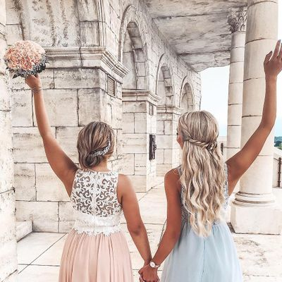 7 Ways for the Single Girl to Survive a Wedding ...