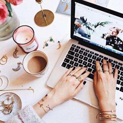 Reasons to Join AllWomenStalk's Write ✒️ and Earn 💰 Program ...