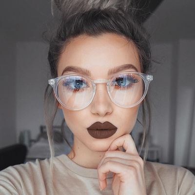 10 Life-Changing Makeup Tutorials for Gals with Glasses ...