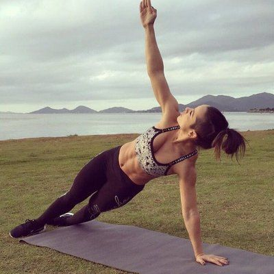 7 Yoga Poses for People Who Want to Improve  Their Brains Work  ...