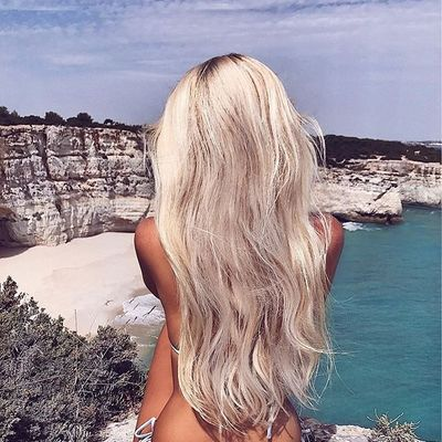 14 Tips for Shiny Hair ...