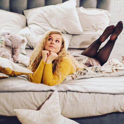 The 7 Most 💯 Achievable 👏🏼 New Year's Resolutions 🎊 for Lazy Girls 😴 ...