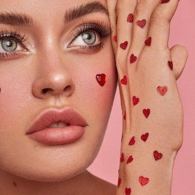 7 Ways to Spread Love on Valentine's Day ...