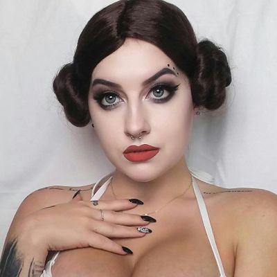 I Get to Be 👏 Princess Leia 👸 Again for Halloween 🎃 (40 Years Later 🤔?) ...