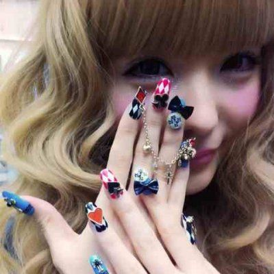 3-d Nail Art All of Your Friends Will Flip over ...