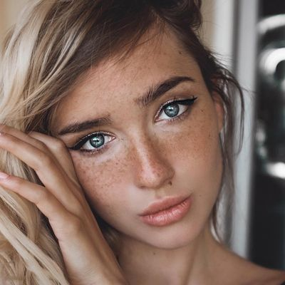 8 Foolproof Ways to Cover up Pigmentation ...