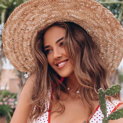 7 Excellent Ways to Fix Hat Hair ...