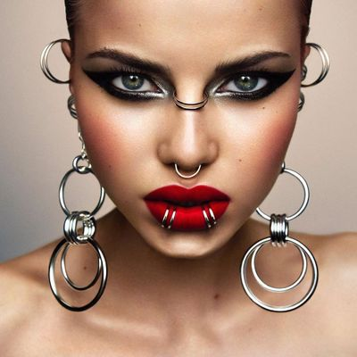 Medusa Piercing and Other Edgy Facial Jewelry Youll Want ASAP ...