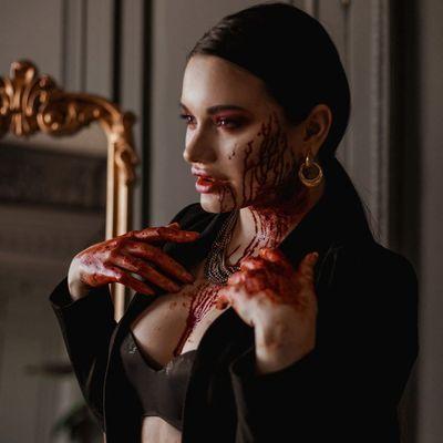 14 Hottest Vampires ...