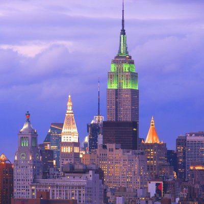 35 Iconic Landmarks Taking Part in Global Greening ☘️ to Celebrate St. Patrick's Day 2019❇️ ...