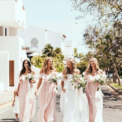 6 Ways to Tickle Your Wedding Pink ...