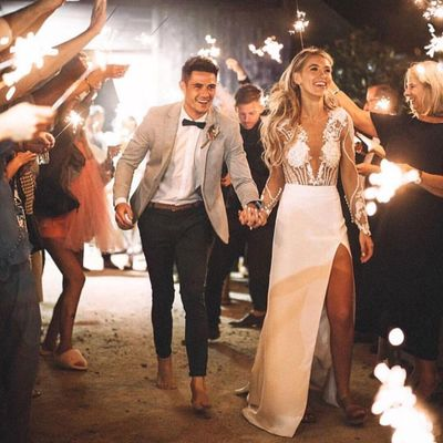 6 Ways to Be 🙌 the Best 👌 Wedding 💍 Guest Ever 💯 ...