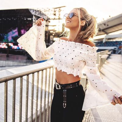 Crop Top Style Tips 📕 to Rock 🤘🏼 the Hottest 🔥 Fashion Trend 😎 ...