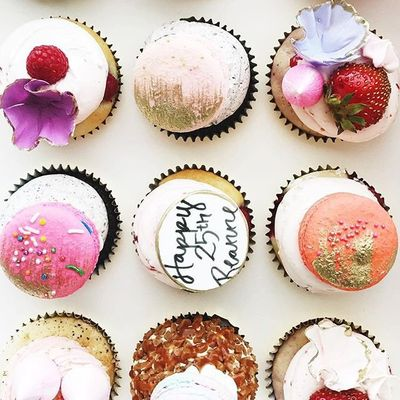 24 of Today's Astonishing 😱 Cake and Dessert Inspo for Girls 🙋🏿🙋🏼🙋🏽🙋🏻 Who Want to 👍🏼 Make Mouths Water 💦 ...