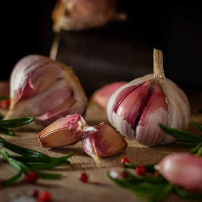 7 Convincing Reasons to Use Garlic for Your Health ...