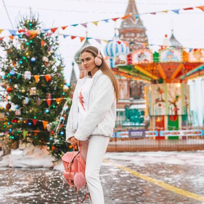 Haute Holiday Gift Guide: for Staying Warm ...