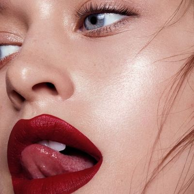 7 Fantastic Lipsticks to Make Your Teeth Look Whiter ...