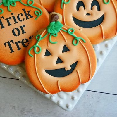 7 Spooky 😬 Cookies 🍪 to Bake for Your Halloween 🎃 Party 🎉 ...