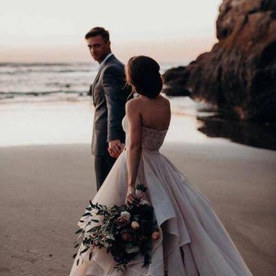 Google Wedding Seizes Island