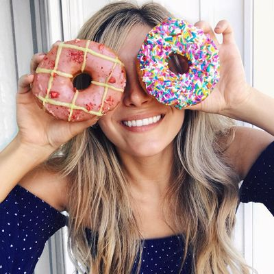 7 Surprising Things Sugar Does to Your Body ...