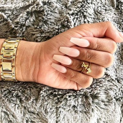 Pro Tips ✅ on How to Keep Your Nails 💅 Long 📏 and Strong 💪 ...