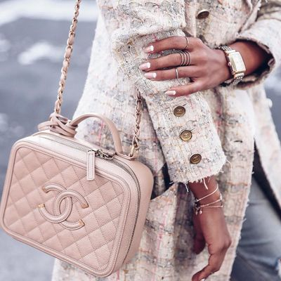 The Cool 😎 History of Handbags 👜 for Girls Who like Fun 🤗 Facts ...