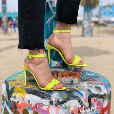 Womens Guide to the Best Warm Weather Footwear Options 2020 ...