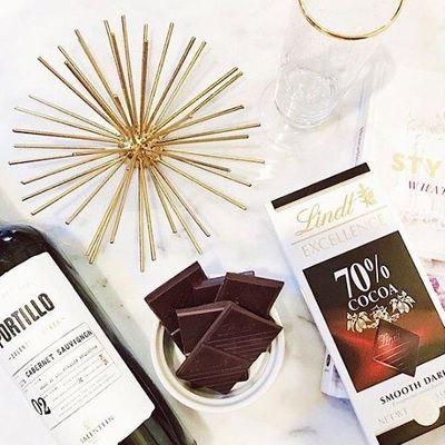 Best 👏 Foods 🍫🥦 for PMS 😬 That Aren't 🚫 Ice Cream 🍦 ...