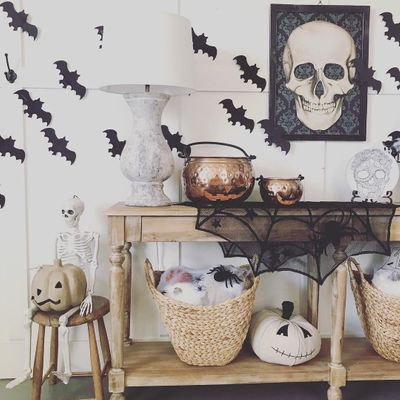 Best ✌️ Halloween Decor Ideas 💡 from Insta 📱 to Totally 💯 Make the Day 📅 ...