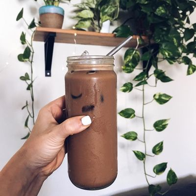 Why You Should 👍 Have Chocolate 🍫 Milk 🥛 after a Workout 💪 Rather than an Energy Drink 🔋 ...