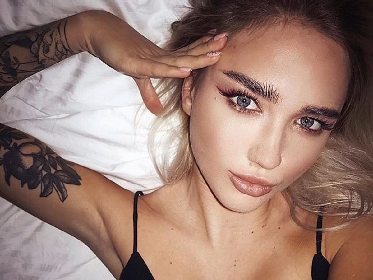 9 Eye Makeup Tips To Make Your Eyes