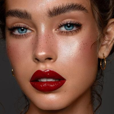 13 Classic Makeup Looks to Rock ...